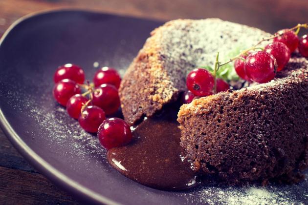 Lava-kejk kolac