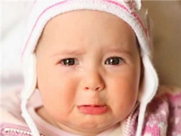 Plac ili prekomerno plakanje bebe