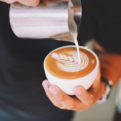 Barista je naziv za vrhunskog poznavalaca kafe